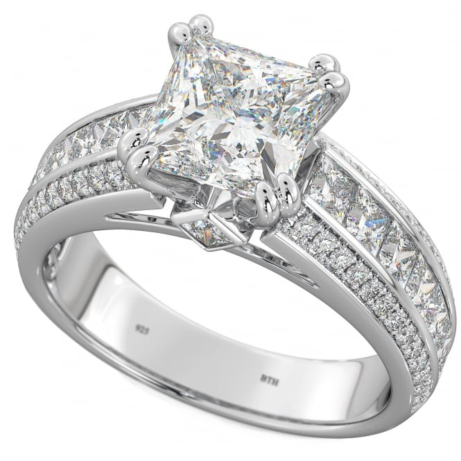Ladies 925 Sterling Silver Princess Cut Solitaire Ring